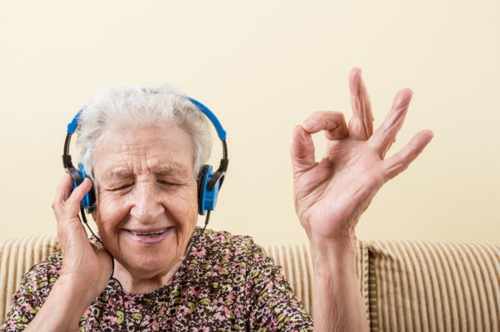 the concept of using music therapy for treating people with dementia Free essay: music therapy should be conjunctive treatment for dementia patients music therapy should be conjunctive treatment for dementia patients evidence music therapy is used to treat people for various reasons and there are multiple styles of treatment presently being used.